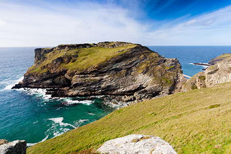 Picturesque walks along the coast of Cornwall