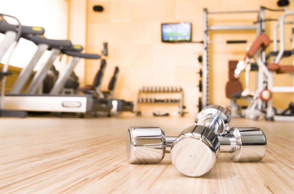 Weights and more equipment in the training centre at Encantada